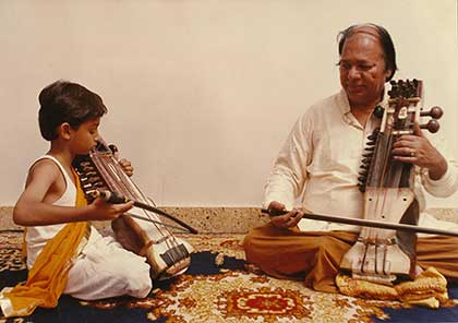 Harsh Narayan learning from his grandfather Pandit Ram Narayan